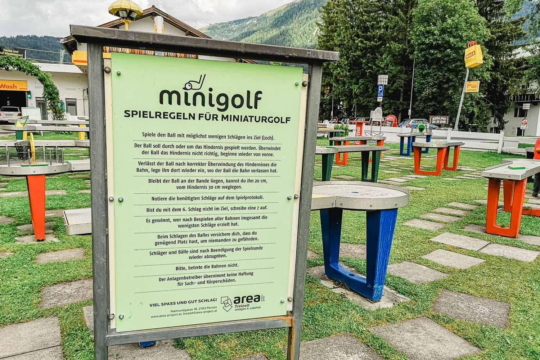 Wildsee Seefeld | Tretboot, Minigolf und Essen in der Strandperle Seefeld